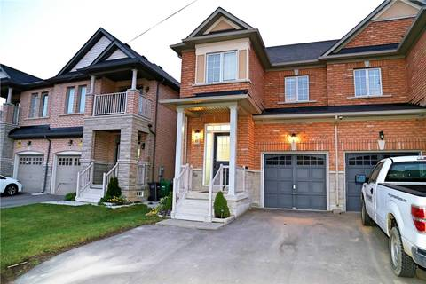 Townhouse for sale at 61 Lesabre Cres Brampton Ontario - MLS: W4595384