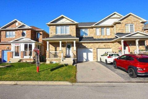 Townhouse for sale at 61 Luella Cres Brampton Ontario - MLS: W5002981