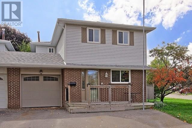 House for sale at 61 Manitou Crescent Brampton Ontario - MLS: W4274978