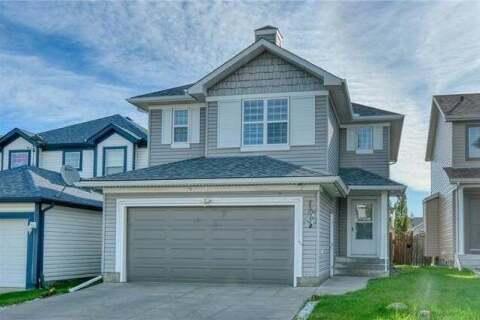 House for sale at 61 Martha's Pl Northeast Calgary Alberta - MLS: C4300768