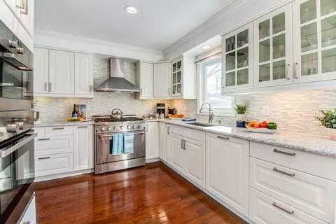 House for sale at 61 Twelve Oaks Dr Aurora Ontario - MLS: N4379541
