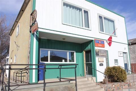 Home for sale at 610 Herbert Ave Herbert Saskatchewan - MLS: SK800225