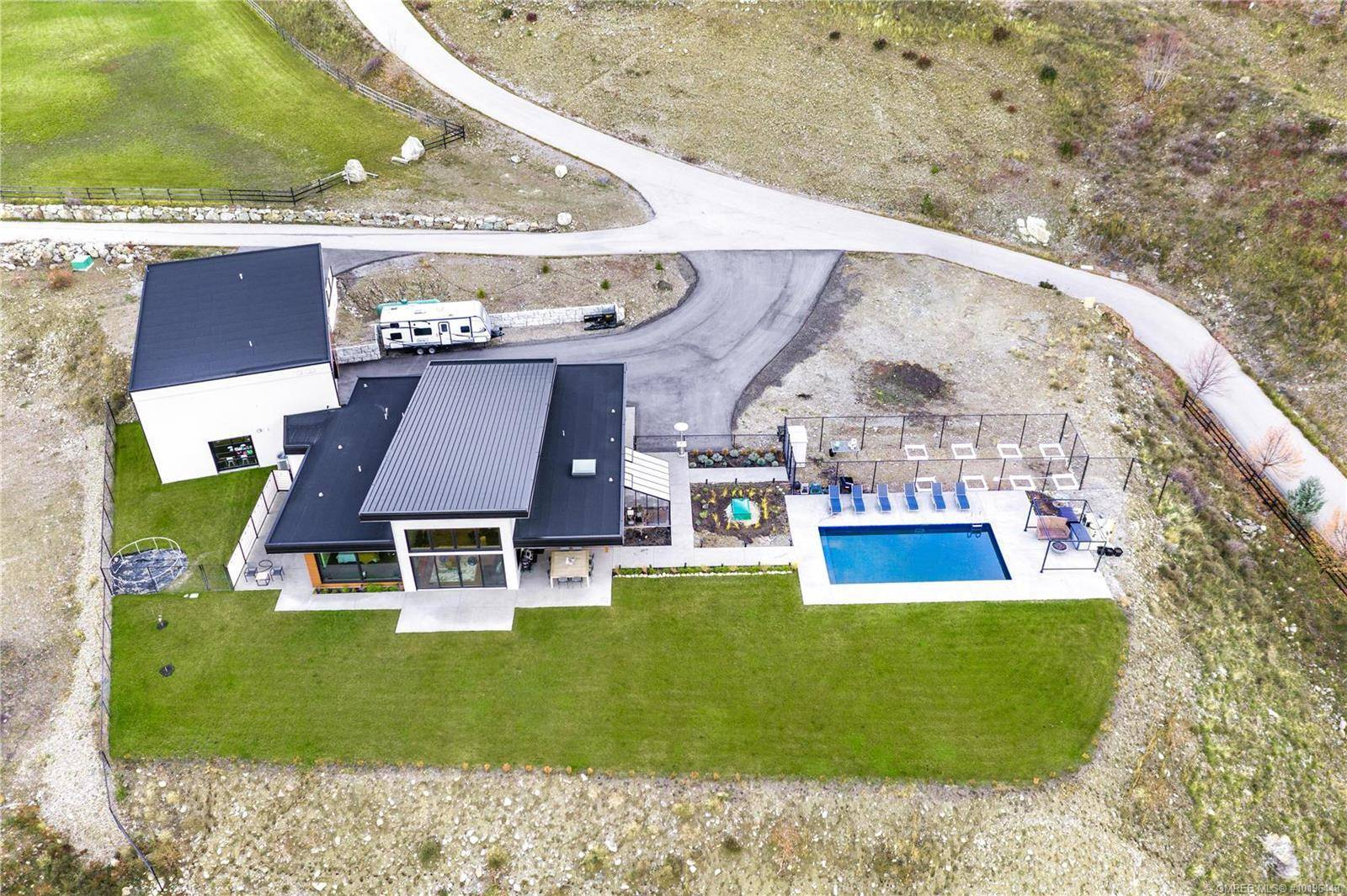 House for sale at 6101 Lakeshore Rd Kelowna British Columbia - MLS: 10196443