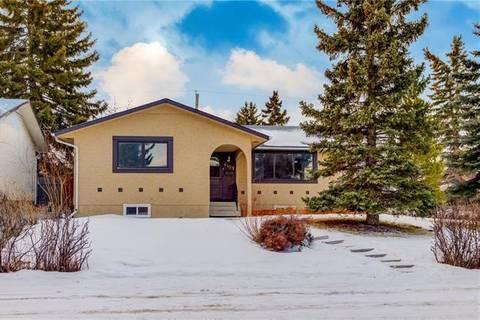 House for sale at 6103 Penworth Rd Southeast Calgary Alberta - MLS: C4280221