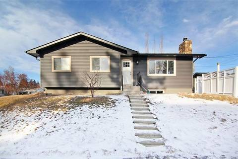 House for sale at 6104 Tweed St Northeast Calgary Alberta - MLS: C4280529