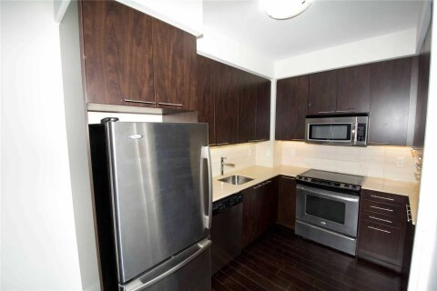 Apartment for rent at 70 Roehampton Ave Unit 611 Toronto Ontario - MLS: C5085842