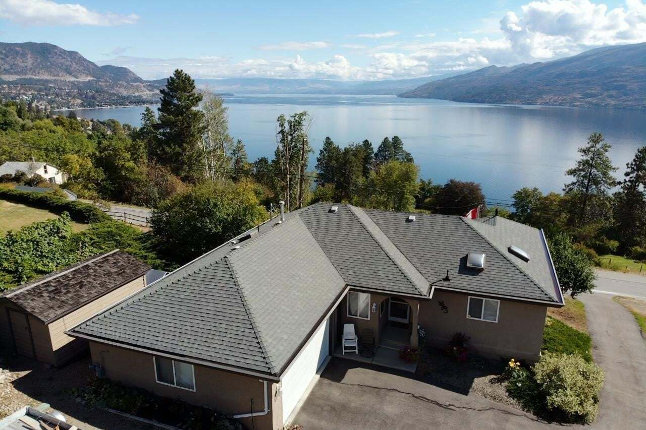 House for sale at 6112 Lipsett Ave Peachland British Columbia - MLS: 10205236
