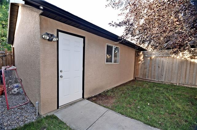 For Sale: 612 11 Avenue Northeast, Calgary, AB | 3 Bed, 2 Bath Townhouse for $649,900. See 30 photos!
