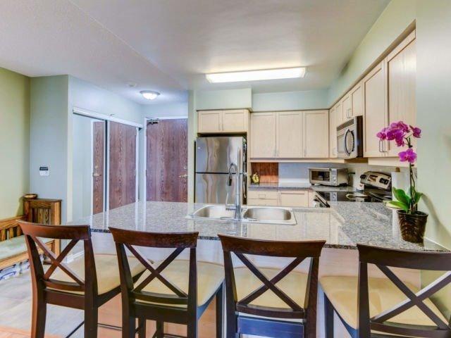 Sold: 612 - 185 Oneida Crescent, Richmond Hill, ON