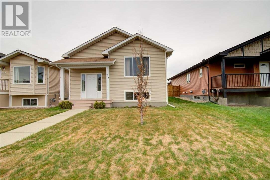 House for sale at 612 Parkside Dr Coaldale Alberta - MLS: ld0194123