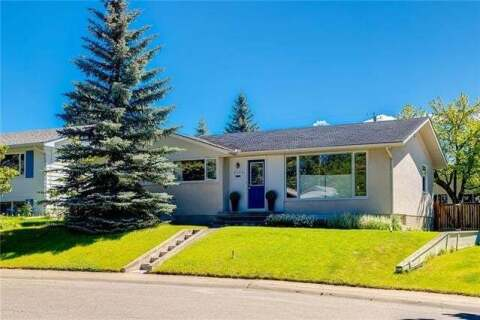 House for sale at 6124 Lewis Dr Southwest Calgary Alberta - MLS: C4293385