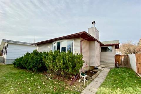 House for sale at 613 8 St Southeast High River Alberta - MLS: C4273647