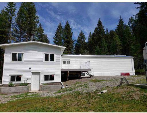 Home for sale at 6136 Ranchette Rd Horse Lake British Columbia - MLS: R2384510