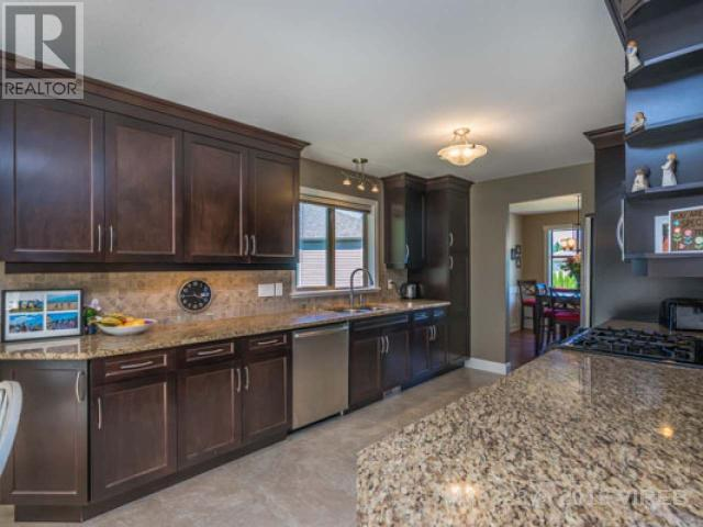 For Sale: 6145 Somerside Place, Nanaimo, BC | 5 Bed, 3 Bath House for $759,900. See 40 photos!