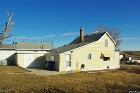 House for sale at 615 Atlantic Ave Kerrobert Saskatchewan - MLS: SK803595
