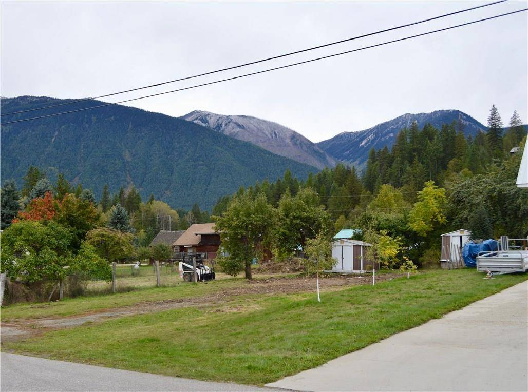 Residential property for sale at 615 Craft St Kaslo British Columbia - MLS: 2439496