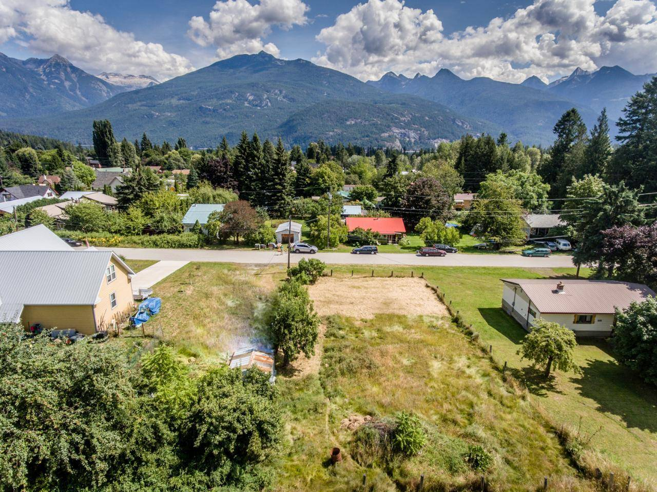 Home for sale at 615 Craft Street  Kaslo British Columbia - MLS: 2450346