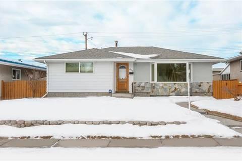 615 Mcintosh Road Northeast, Calgary | Image 1