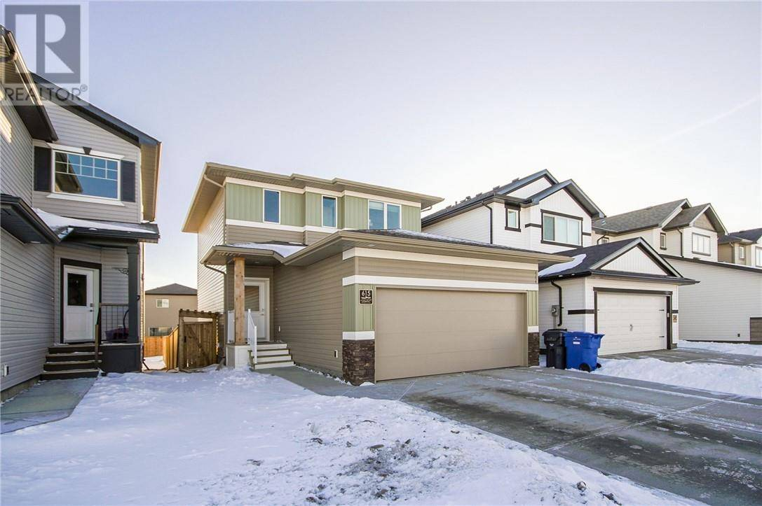 615 Moonlight Lane W, Lethbridge | Image 2