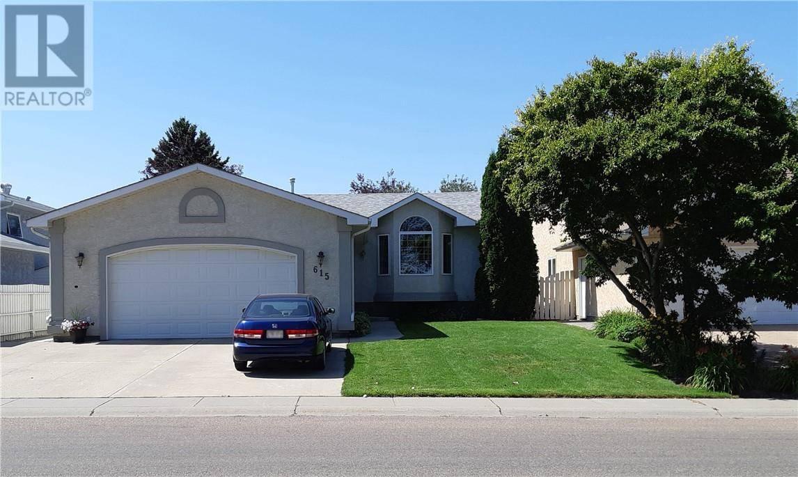 House for sale at 615 Parkland Dr Brooks Alberta - MLS: sc0183862