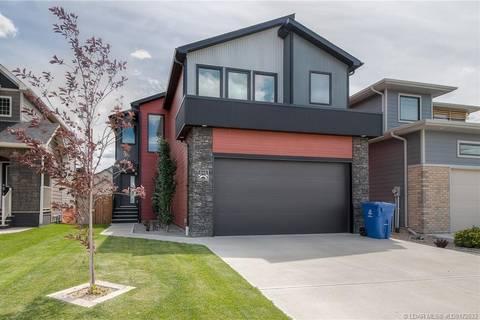 House for sale at 616 Devonia Rd W Lethbridge Alberta - MLS: LD0172633