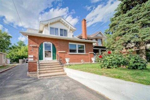 House for sale at 6165 Barker St Niagara Falls Ontario - MLS: X4977682