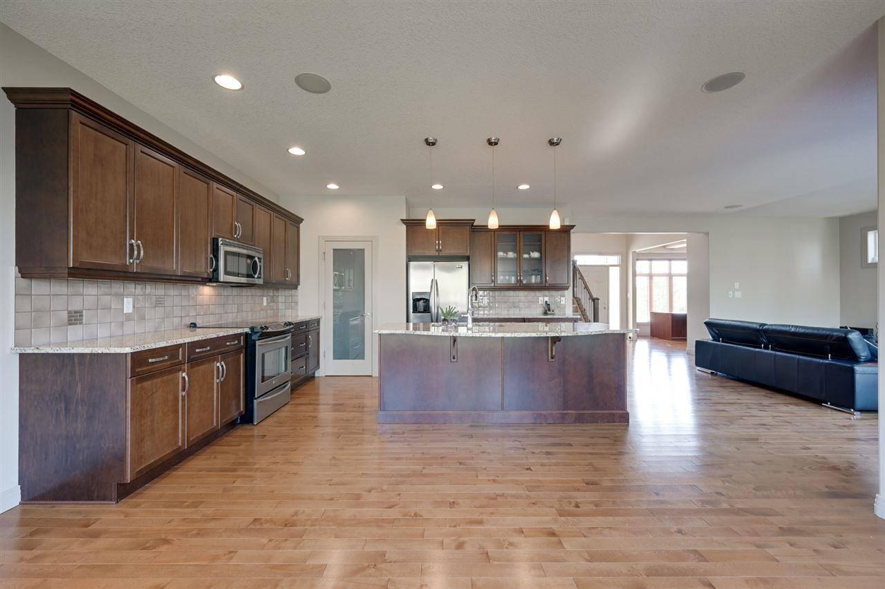House for sale at 6165 Maynard Cres Nw Edmonton Alberta - MLS: E4159150