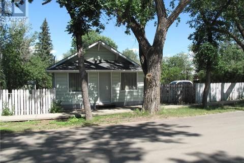 House for sale at 617 Bertrand Ave Radville Saskatchewan - MLS: SK793955