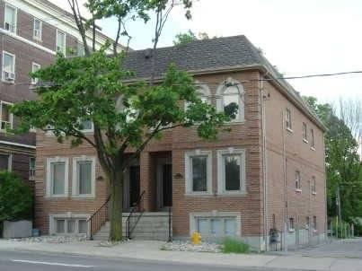 Townhouse for sale at 617 Eglinton Ave Toronto Ontario - MLS: C4415513