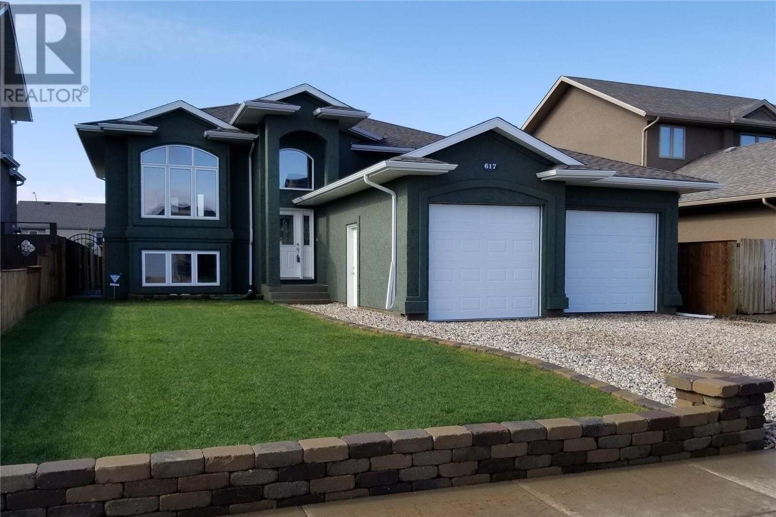 House for sale at 617 Thiessen St Warman Saskatchewan - MLS: SK808428