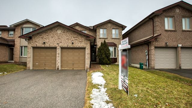 Sold: 617 York Hill Boulevard, Vaughan, ON