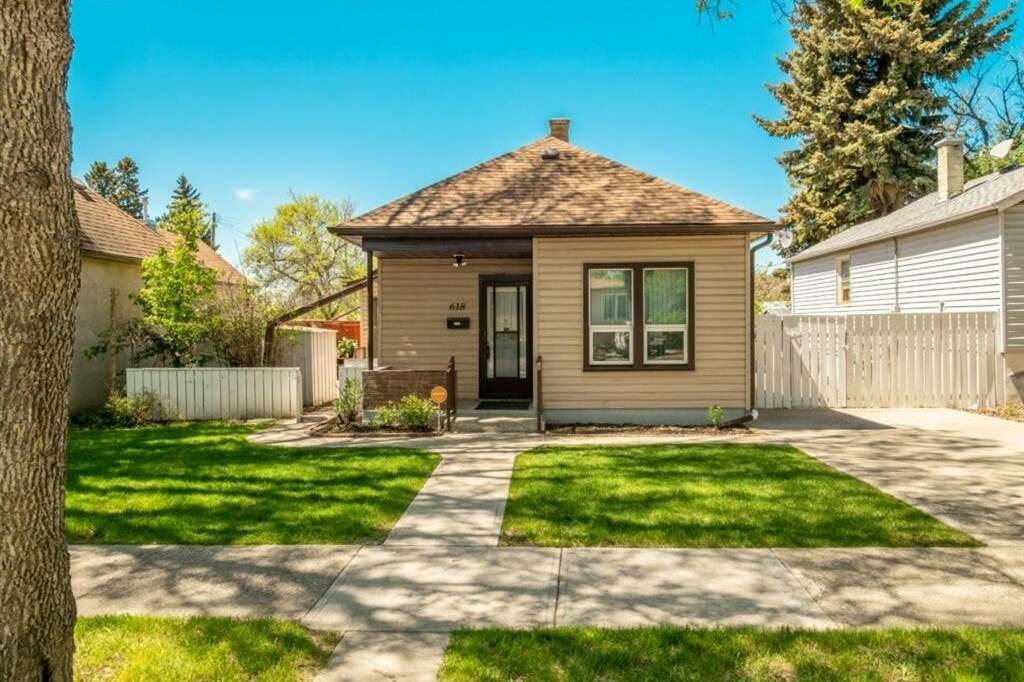 House for sale at 618 14a St North Lethbridge Alberta - MLS: A1001910