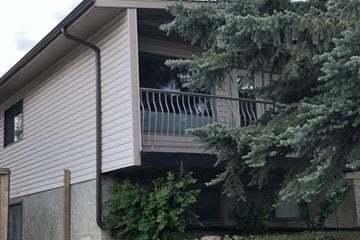 Townhouse for sale at 618 Bracewood Dr Southwest Calgary Alberta - MLS: C4306510