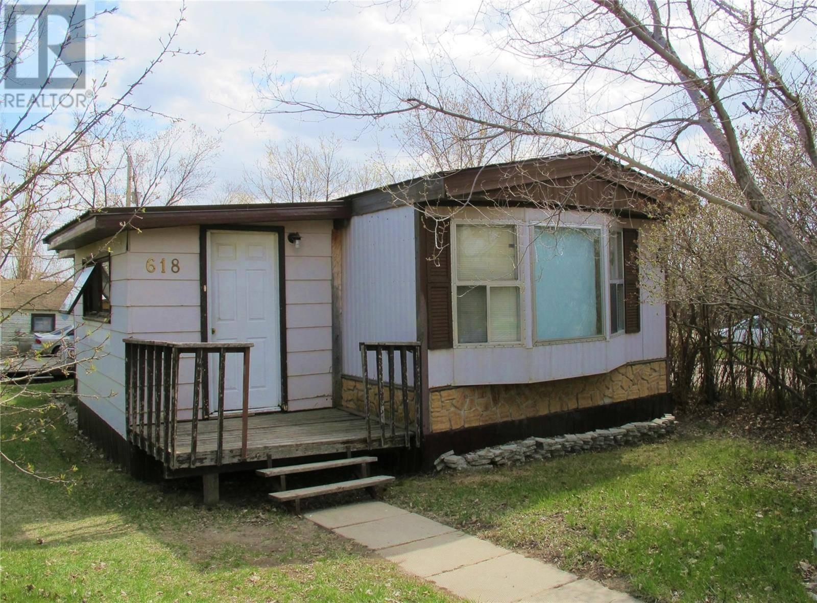 Home for sale at 618 Carbon Ave Bienfait Saskatchewan - MLS: SK771406
