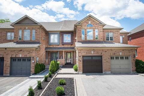 Townhouse for sale at 618 Osler Ct Newmarket Ontario - MLS: N4813139
