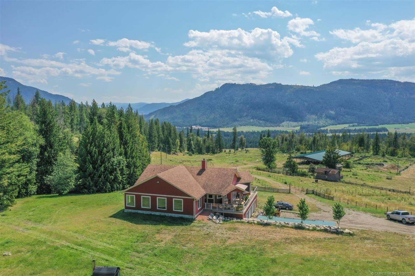 House for sale at 619 Albers Rd Lumby British Columbia - MLS: 10201223