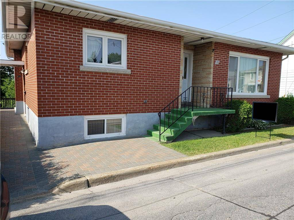 House for sale at 61 Diorite St Unit 61a Copper Cliff Ontario - MLS: 2077510