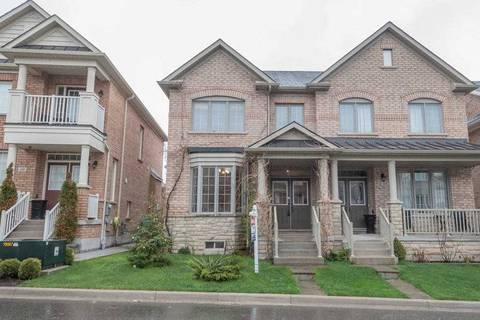 Townhouse for sale at 62 Cranwood Circ Brampton Ontario - MLS: W4453640