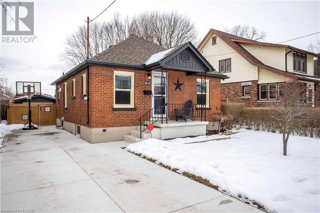 House for sale at 62 Doulton St London Ontario - MLS: 243951