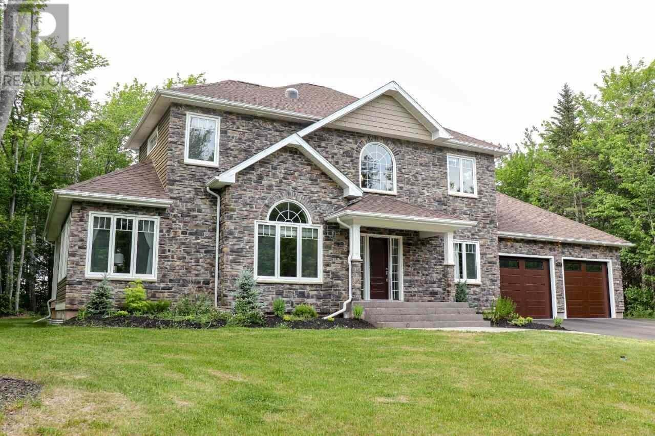 House for sale at 62 England Circ Charlottetown Prince Edward Island - MLS: 202011676