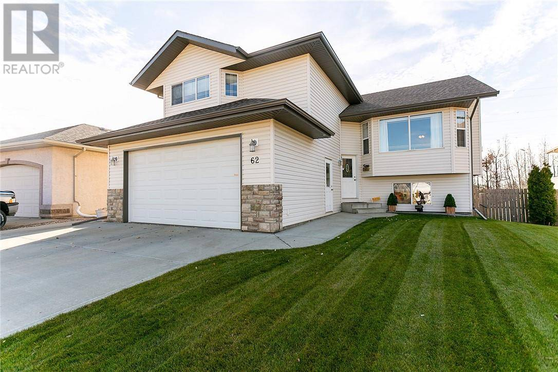 House for sale at 62 Lagrange Cres Red Deer Alberta - MLS: ca0180693