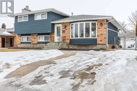 House for sale at 62 Litzenberger Cres Regina Saskatchewan - MLS: SK800158
