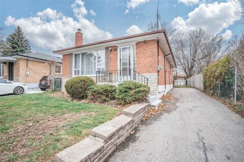 House for sale at 62 Slan Ave Toronto Ontario - MLS: E4992696
