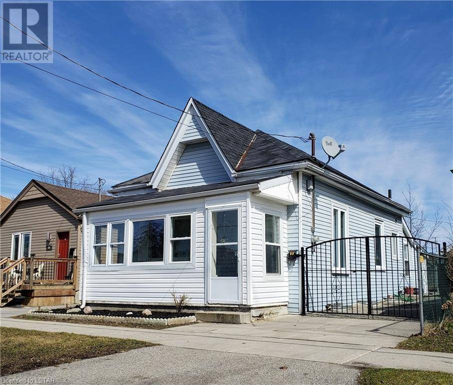 House for sale at 62 William St London Ontario - MLS: 252263