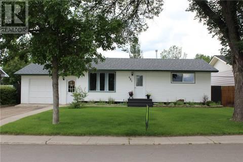 House for sale at 621 4th St E Shaunavon Saskatchewan - MLS: SK796757