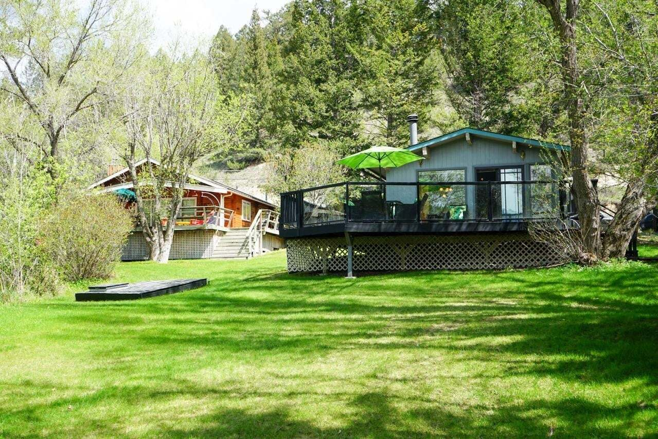 House for sale at 621 Lakeview Road  Invermere British Columbia - MLS: 2452006