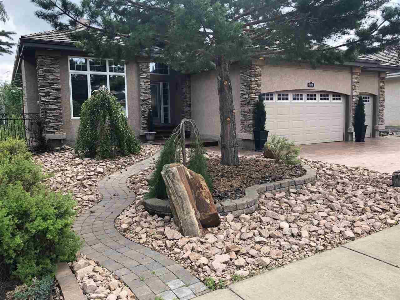 House for sale at 621 Dalhousie Cres Nw Edmonton Alberta - MLS: E4175599