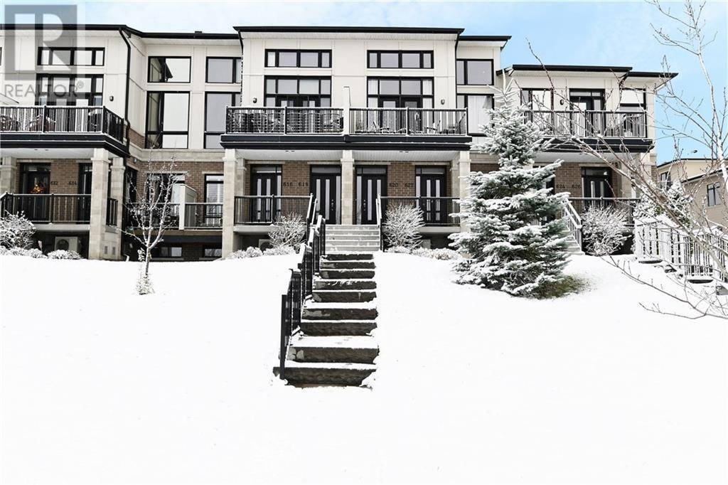 Townhouse for sale at 622 Brian Good Ave Ottawa Ontario - MLS: 1174905