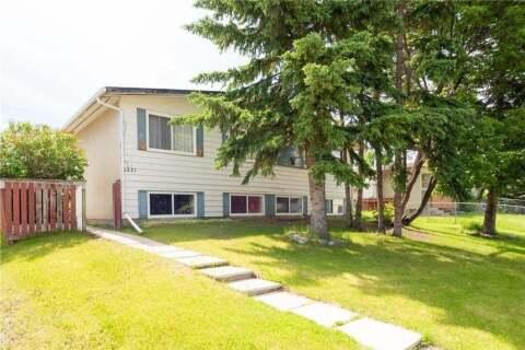 Townhouse for sale at 6229 Penedo Wy SE Calgary Alberta - MLS: C4301222