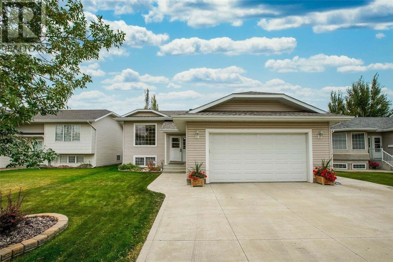 House for sale at 623 Peterson Cres Saskatoon Saskatchewan - MLS: SK827991